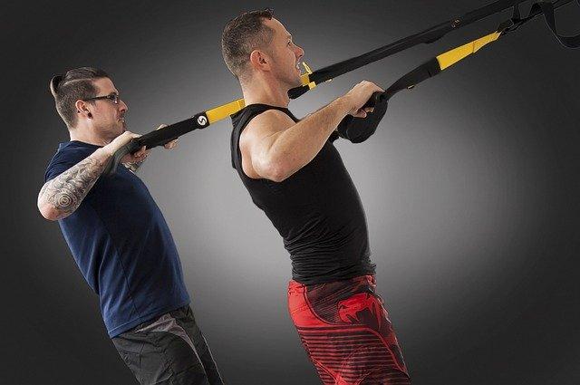 6 výhod prečo cvičiť na TRX