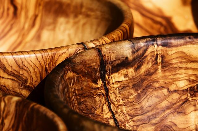 olivové dřevo