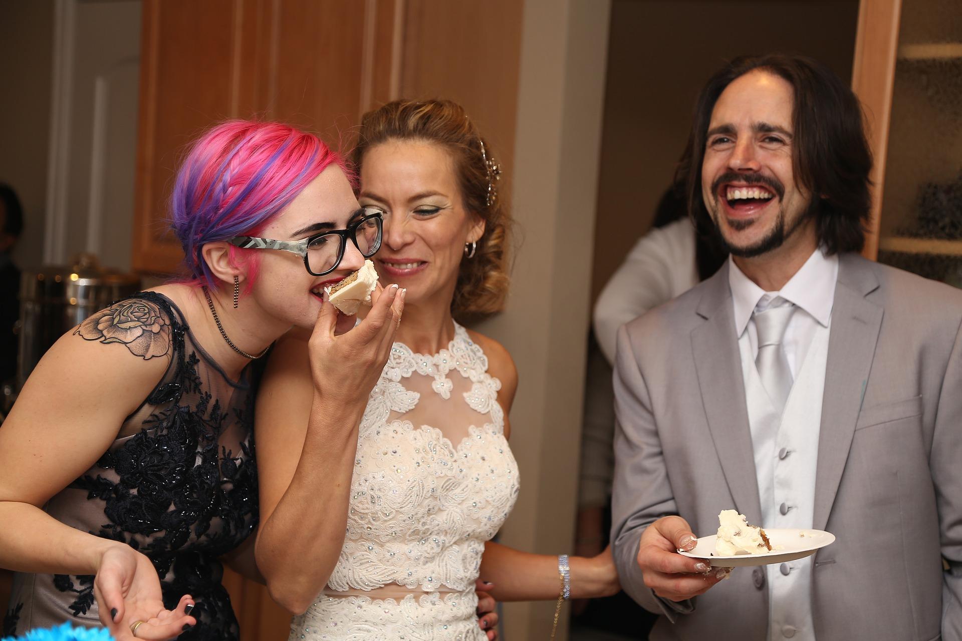 wedding-reception-2667031_1920